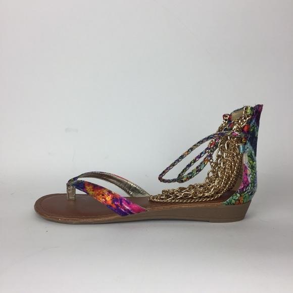 faa73ac0946e2 ... Chain Thong Gladiator Sandals NEW. M 5a91dc7d1dffda900e2ad860
